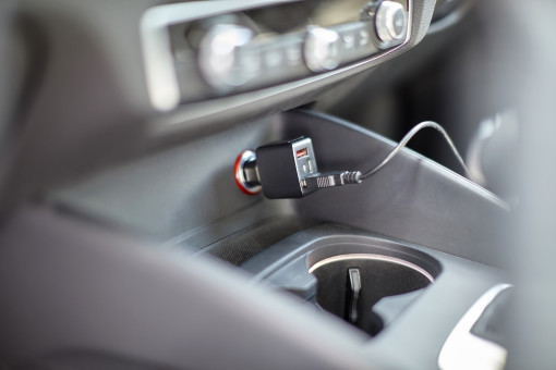 Relatiegeschenk Car Charger Tech bedrukken